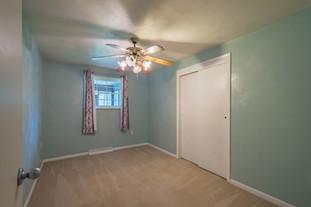 55 Millersdale Rd, Jeanette, PA 15644-6_