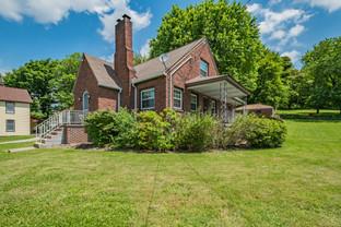 371 Main St, New Stanton, PA 15672-10.jp