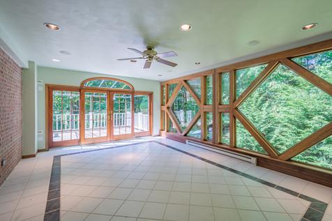 265 Lakewood Rd, Greensburg, PA 15601 (3