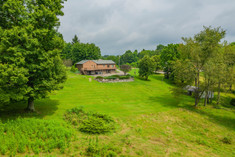 2016 Bushy Run Rd, Jeanette, PA 15644-14