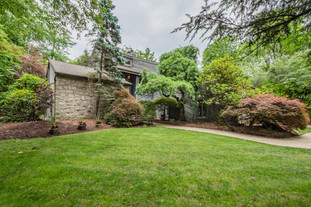 273 red oak dr, pittsburgh, pa 15239-13.