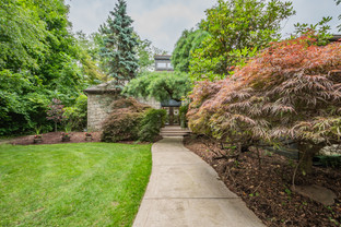 273 red oak dr, pittsburgh, pa 15239-14.