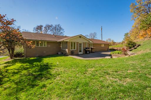 1130 Henderson Ave, Washington PA 15301-