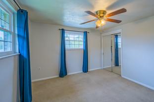 55 Millersdale Rd, Jeanette, PA 15644-5.