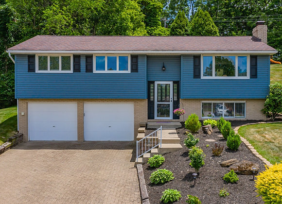 9038 Pine Heights Pl, Pittsburgh, PA 15237