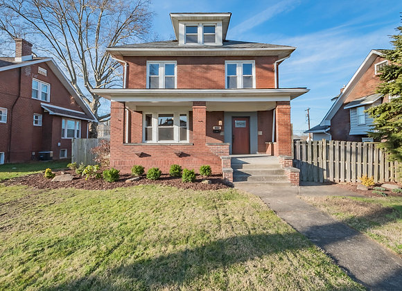 1319 Freeport Rd, Natrona Heights, PA 15065