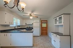55 Millersdale Rd, Jeanette, PA 15644-15