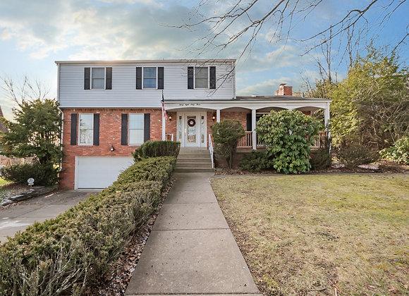 3863 Henley Drive, Churchill, PA 15235
