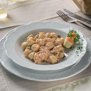 Gnocchetti al salmone e zucchine