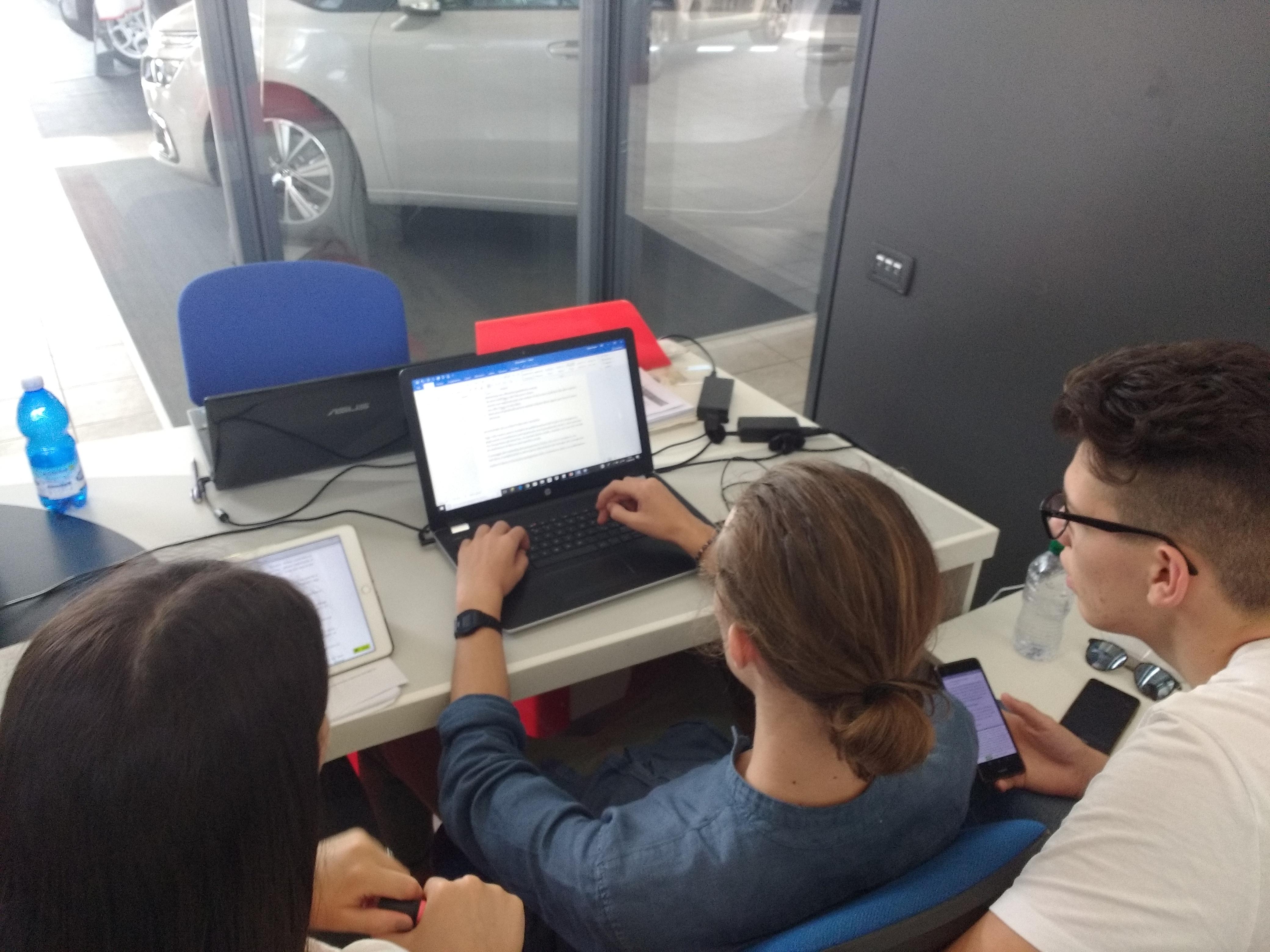 Laboratori creativi in AMB Le Privilege1