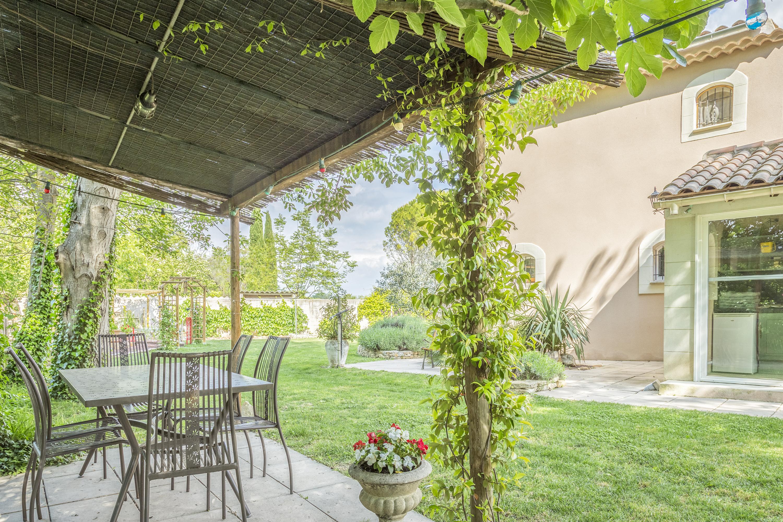 Terrasse et cuisine d'été