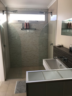 """Pelorus' - Bathroom"