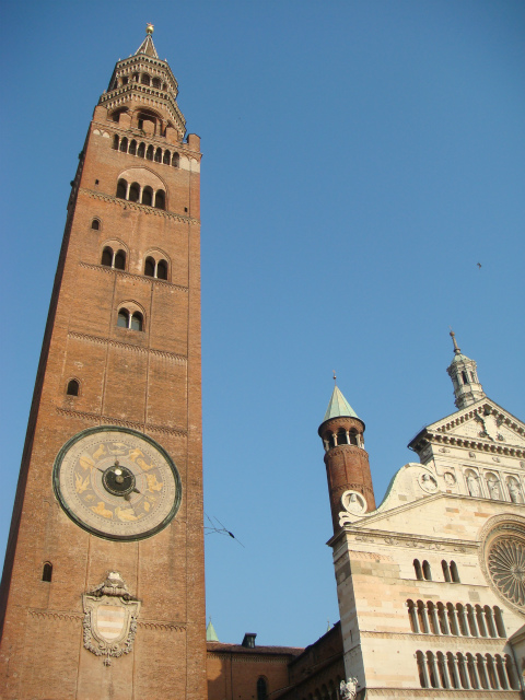 クレモナ大聖堂と塔