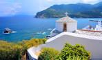 Beautiful-white-church-Skopelos.jpg