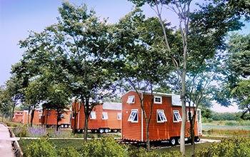 TINY-HOUSE-camp.jpg
