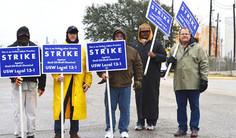 Strike at major oil refineries