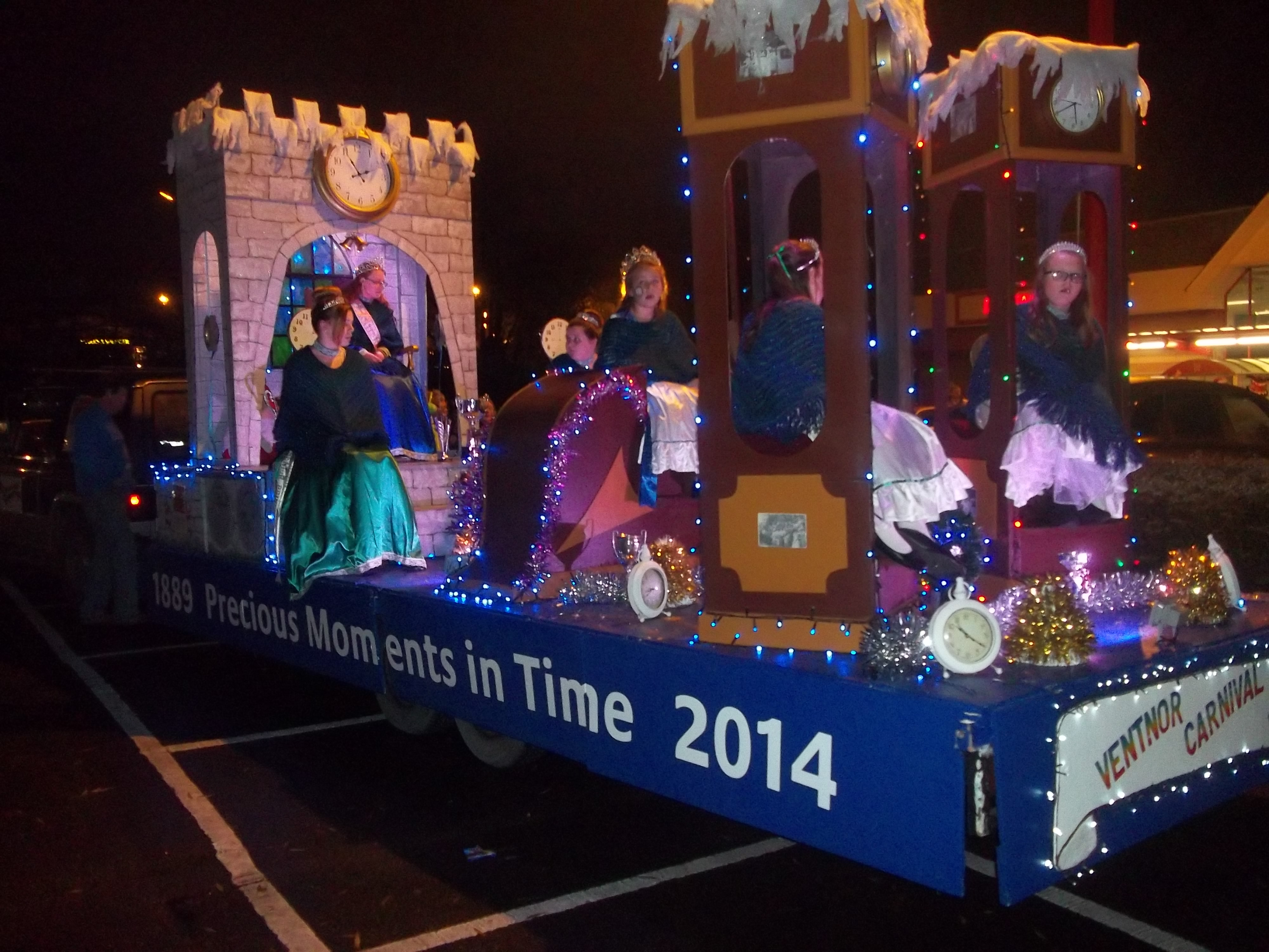 Newport Christmas Carnival- Ventnor float
