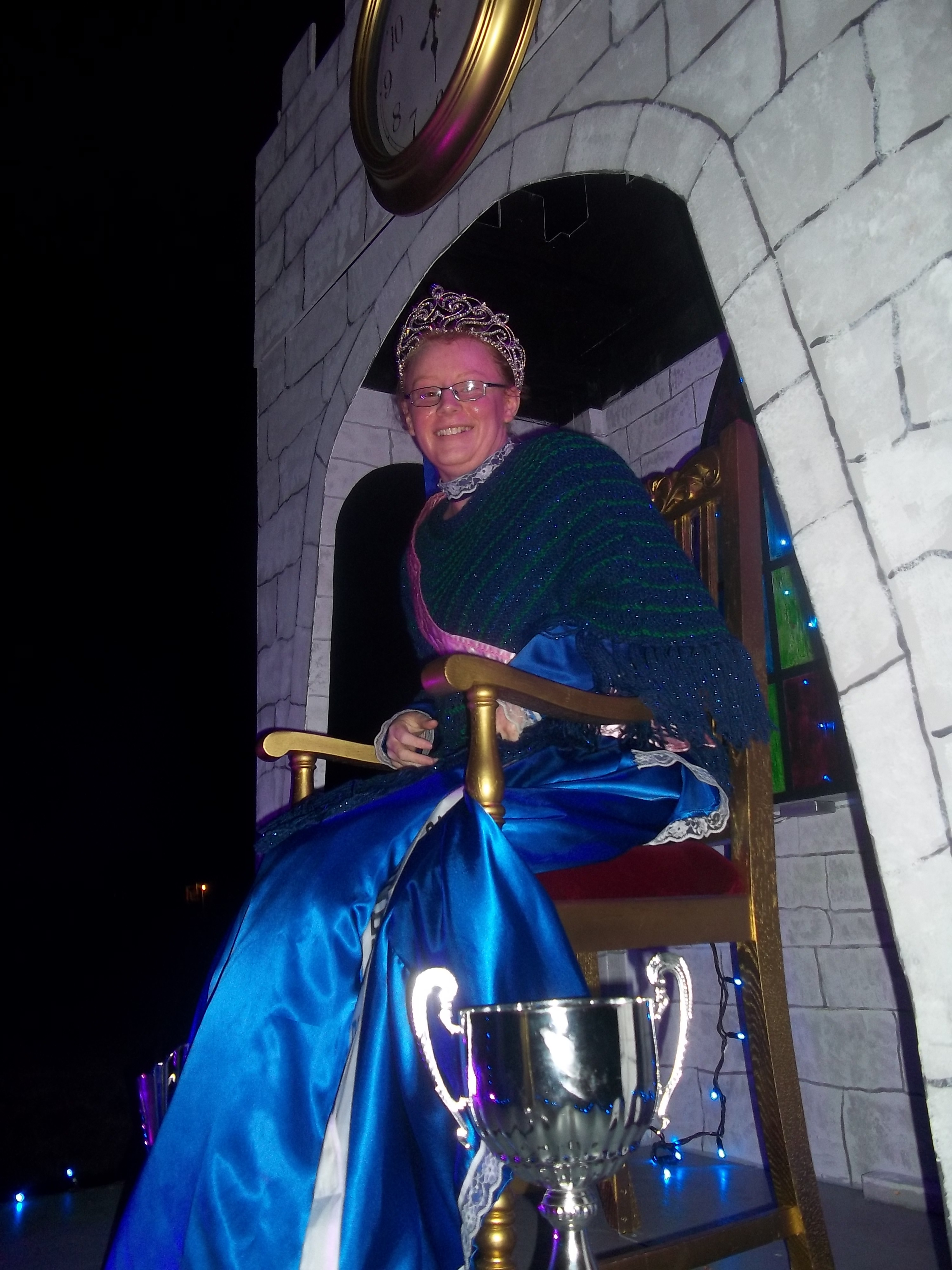Cowes Illuminated- Senior Queen