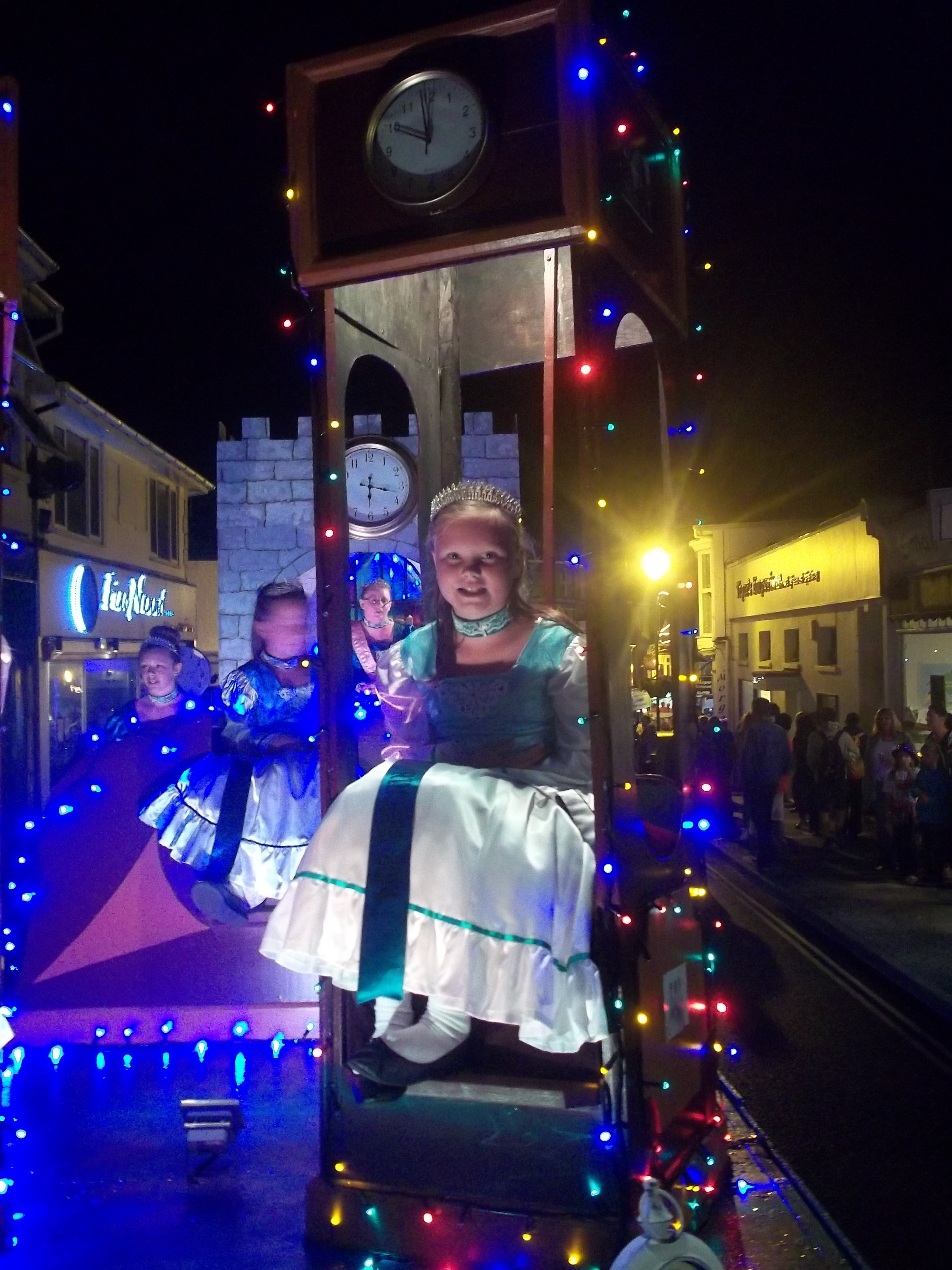 Shanklin Illuminated- Katie, Ventnor Junior Princess