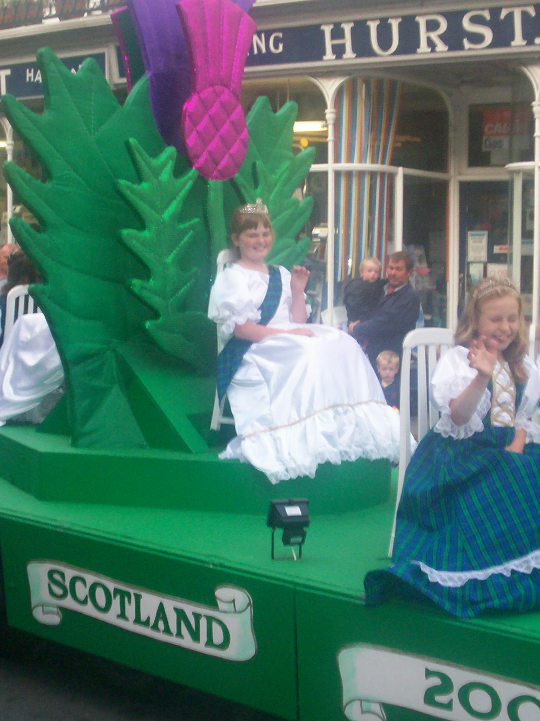Going round Ventnor Carnival