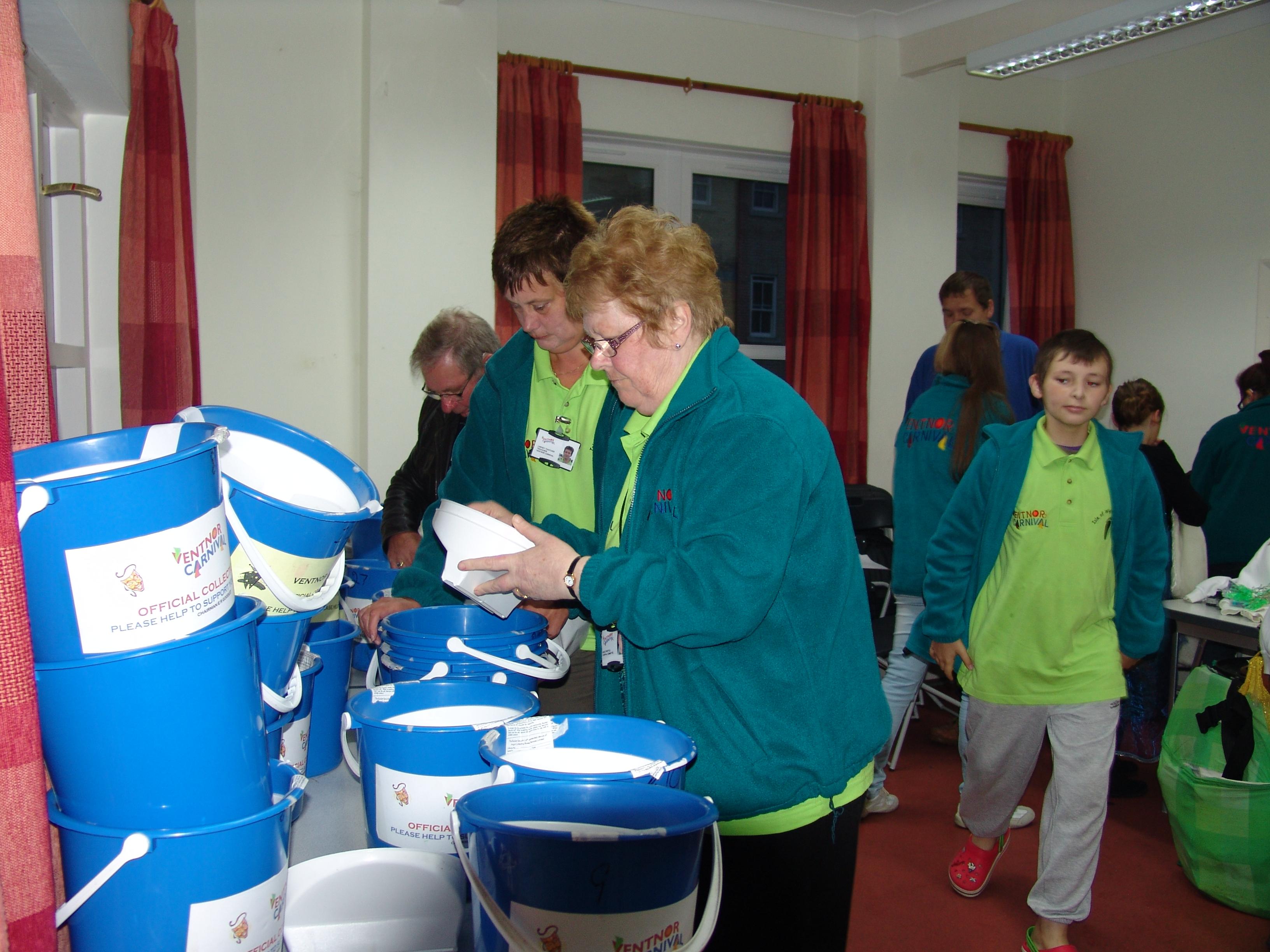 Preparing buckets