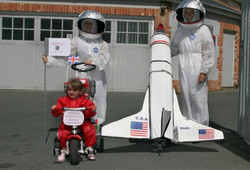 Astronouts