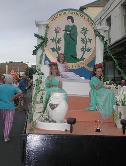 Ventnor Carnival Queens.jpg