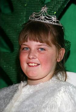 Shania- Junior Queen