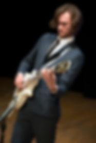 Ross Munro Guitarist Performing