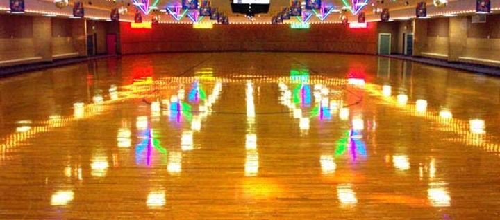 RollerMotionSkateCenter - Roller skating rink flooring for sale