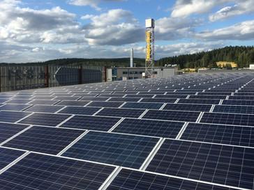 Halpa-Halli laajentaa aurinkovoimalakapasiteettiaan useissa kohteissa ympäri Suomea