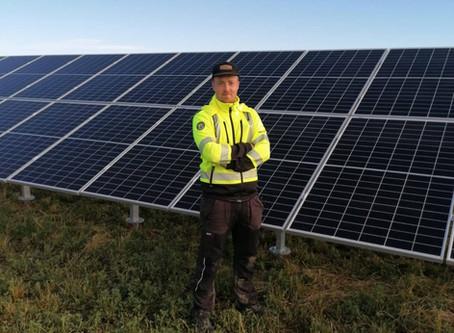 Aurinkovoimaloiden asentaminen - Asennuksen näkökulma