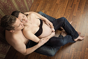 schwangerschaftsshooting-paar.jpg