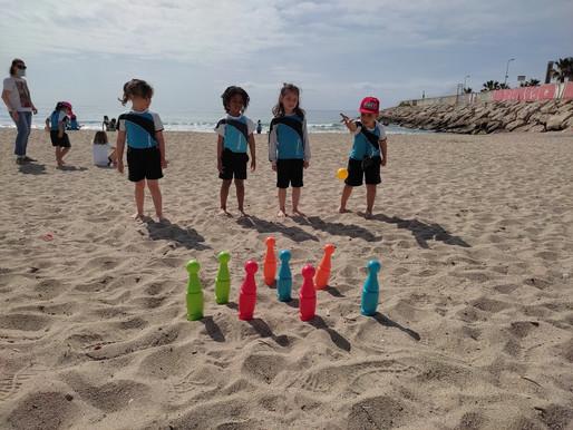 Els nens i les nenes de P4 han anat a la platja!