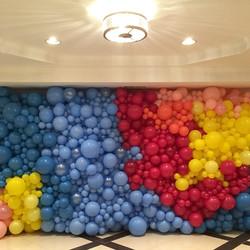 Organic Balloon Walls | Balloon Zoom | D