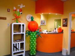 Halloween Balloon Columns | Washington DC | Balloon Zoom