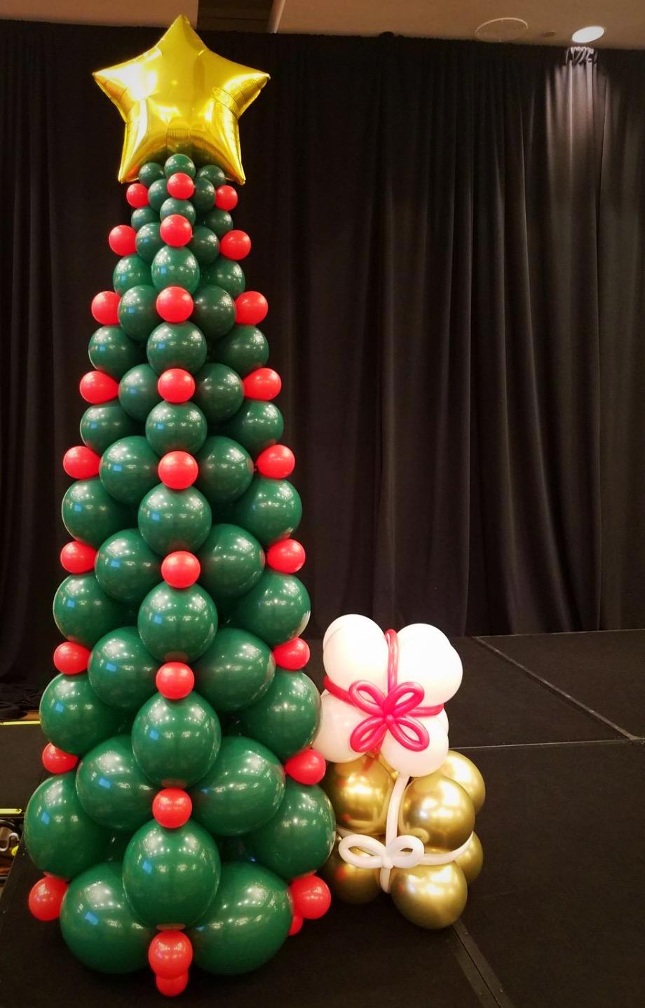 Christmas Tree Balloon Column | DC