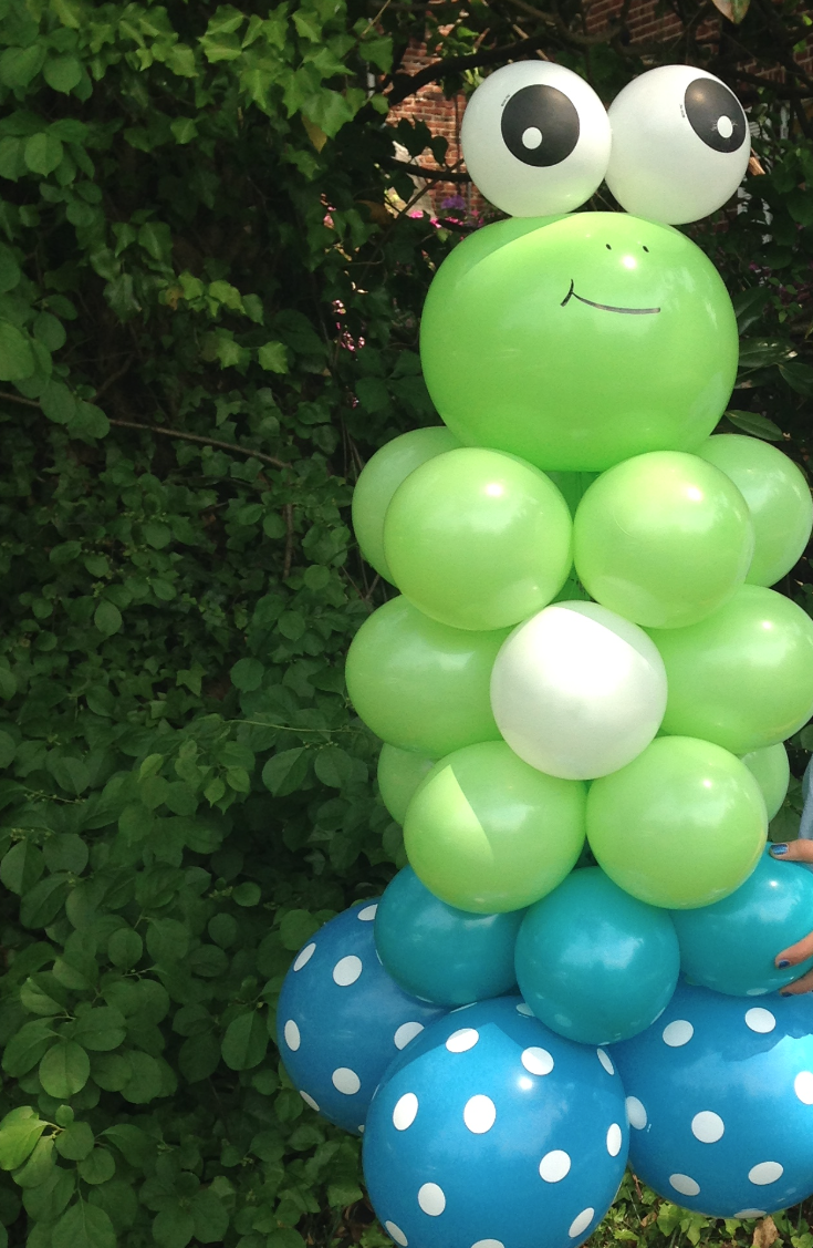 Frog Balloon Column | Washington DC | Balloon Zoom