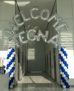 Corporate Balloon Arches | Virginia | Balloon Zoom