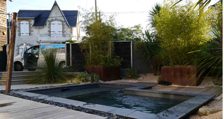 Bassin entre piscine et spa