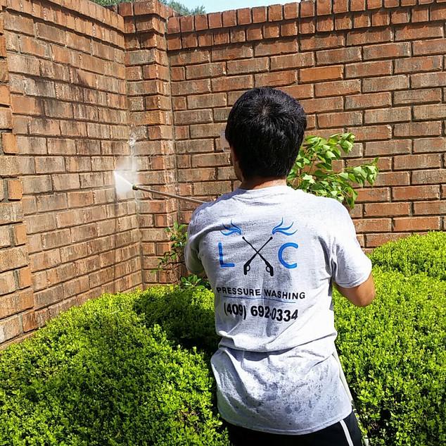 farhid washing stone.jpg