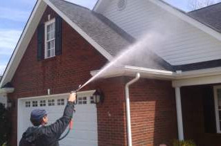4 Things to Do Before Hiring a Pressure Washer