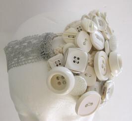Serre tête fait avec des boutons