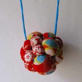 Collier fait de tissu de Kimono