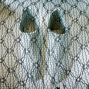 Installation de céramique avec textile