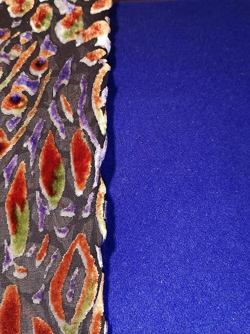 Laine et cachemire bleu roi et velours de soie lyonnaise dévorée mandarine/bleu/vert.