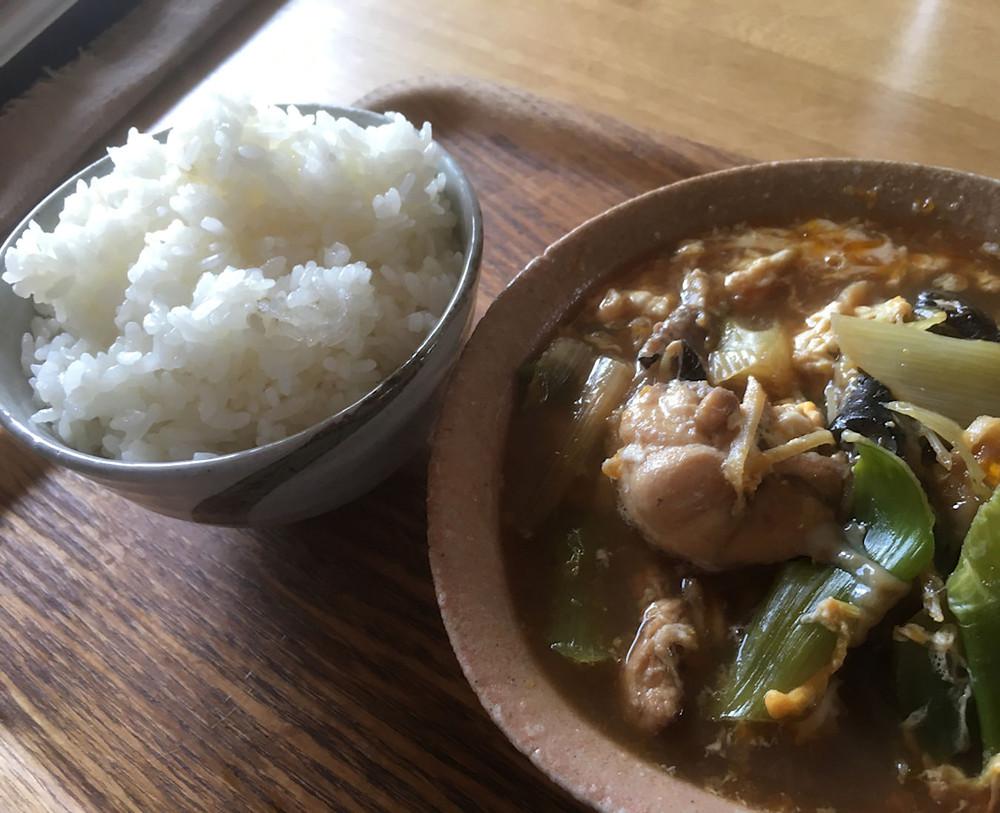 あんこうの卵とじ ご飯は自然栽培米