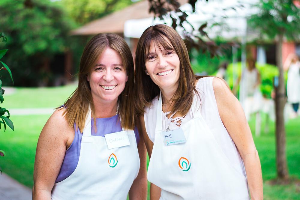 Dolores y Poli, voluntarias en el Hospice, en una foto durante la Celebración de la Luz 2019
