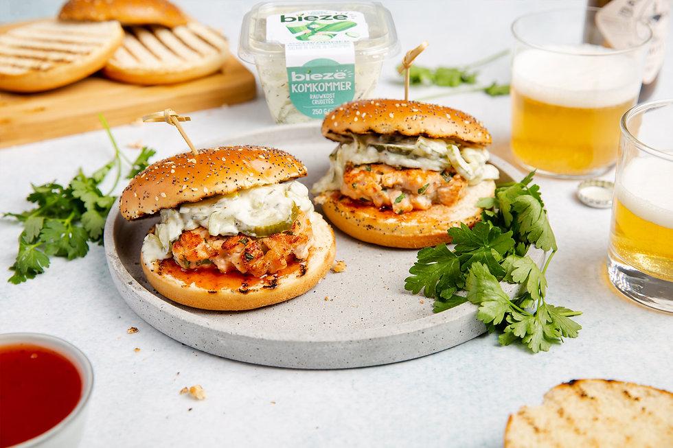 Zalmburger met Komkommer