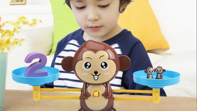 Bilancia Educational monkey toy